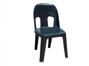 black-plastic-chair