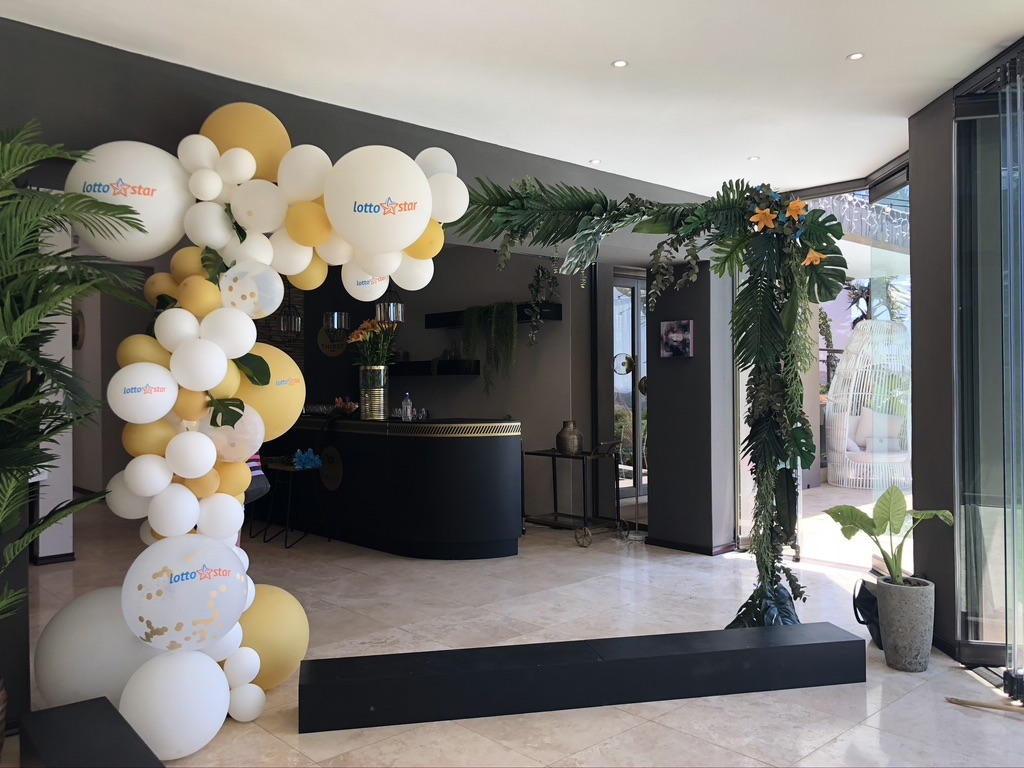 balloon-plant-arch-