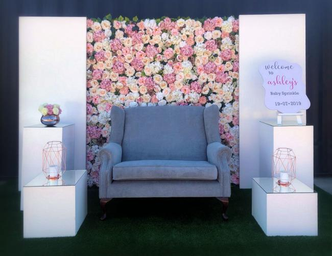 silk-flower-wall-with-panel-couch-&amp-plinth