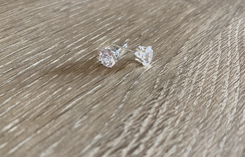 diamante-stud-earring